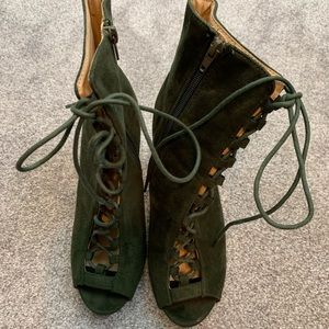 Shiekh green lace up boots with peep toes